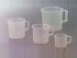 70_70_Beaker_With_Handle_Polypropylene1.jpg